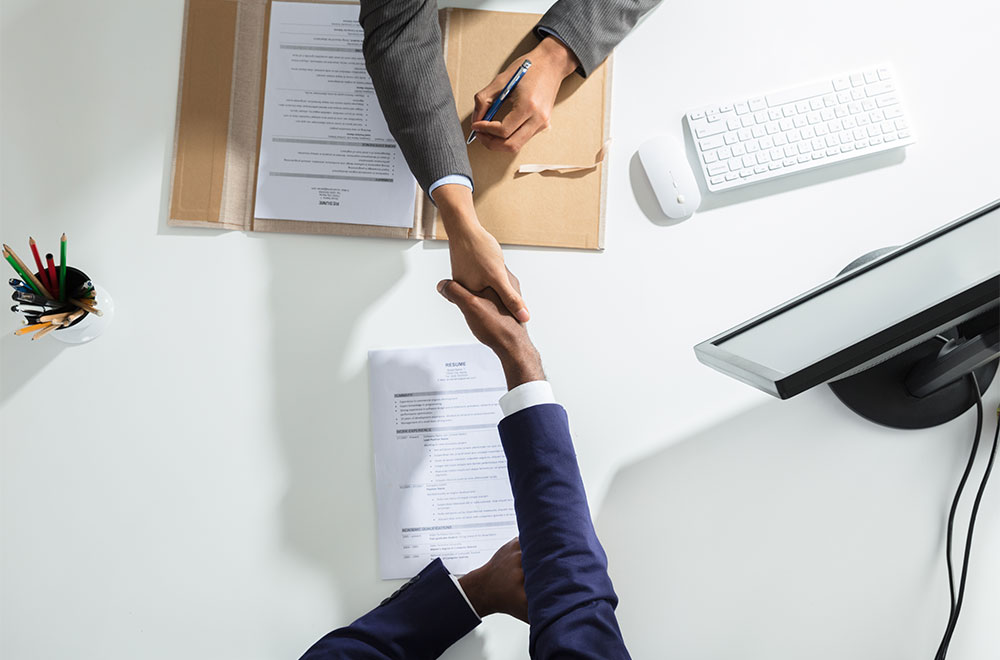 How to Manage Interns